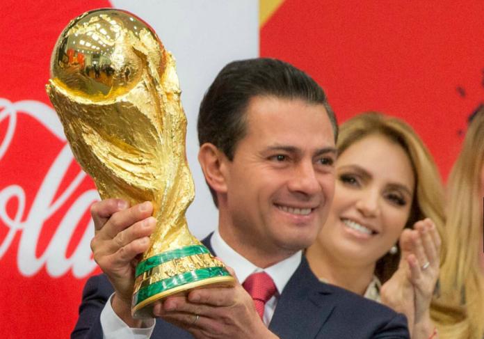 La Copa del Mundial de Fútbol está de visita en México