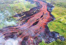 Desembocó un río de lava en el océano Pacífico