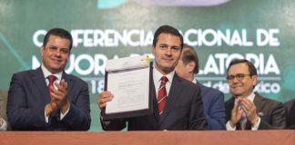 EPN promulgó ley para agilizar tramitación de documentos gubernamentales